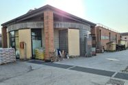 Immagine n3 - Complesso commerciale con garage e magazzini - Asta 11761