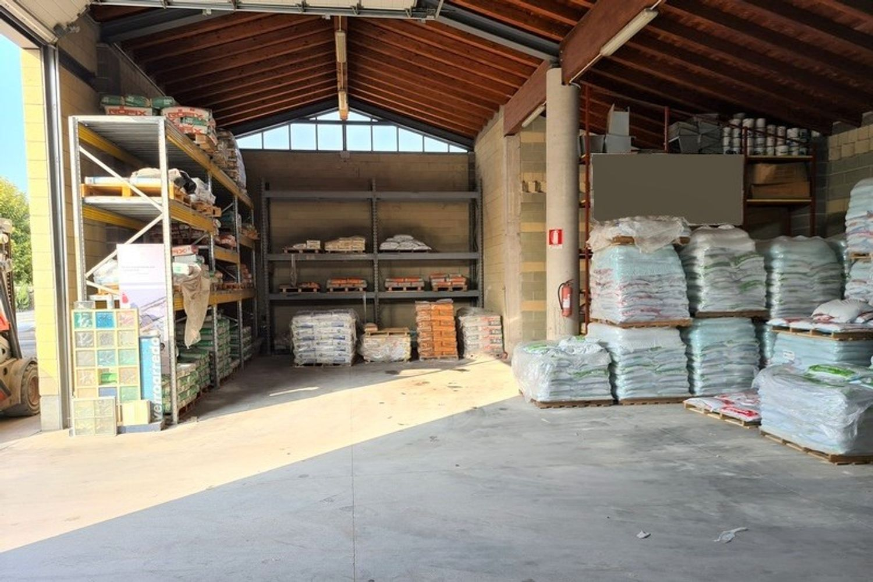 #11761 Complesso commerciale con garage e magazzini in vendita - foto 5