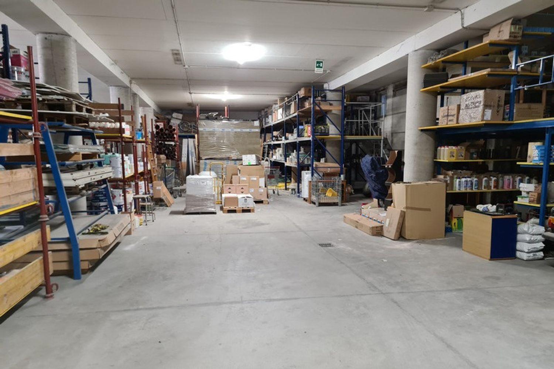 #11761 Complesso commerciale con garage e magazzini in vendita - foto 7