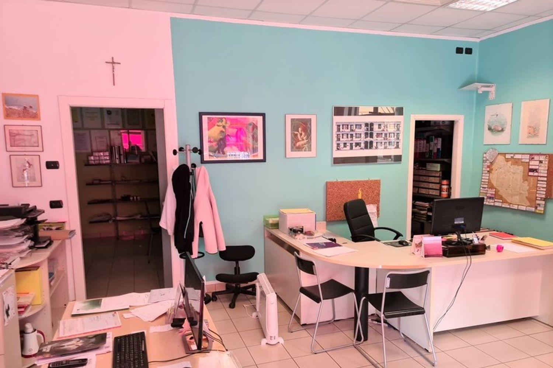 #11761 Complesso commerciale con garage e magazzini in vendita - foto 10