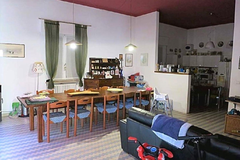 #11761 Complesso commerciale con garage e magazzini in vendita - foto 11