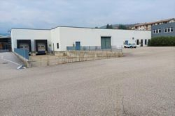 Factory with square in an artisan complex - Lot 11792 (Auction 11792)