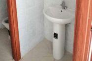 Immagine n4 - Negozio e corte (sub 9) in condominio Il Borgo - Asta 11795
