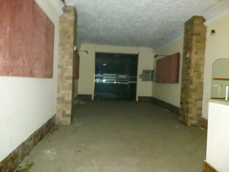 #11910 Ex cinema in centro storico in vendita - foto 8