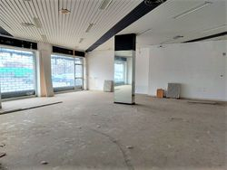 Shop on the ground floor of a condominium building - Lot 11912 (Auction 11912)