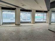 Immagine n1 - Shop on the ground floor of a condominium building - Asta 11912