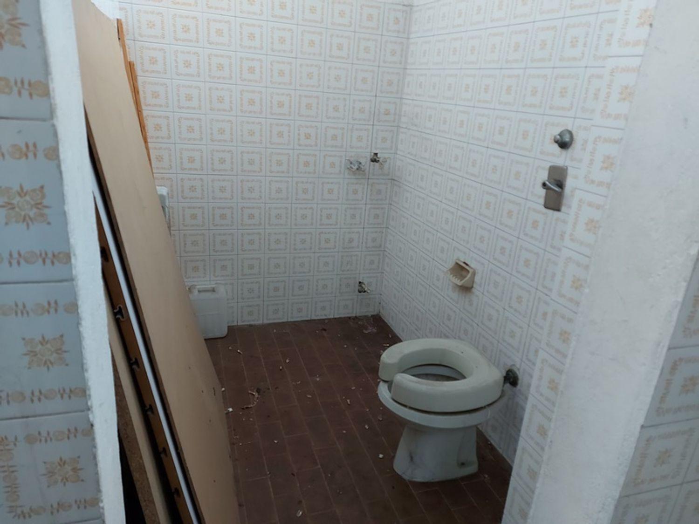 #11912 Negozio al piano terra di fabbricato condominiale in vendita - foto 4