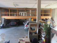 Immagine n4 - Capannone showroom, magazzino e due abitazioni - Asta 1196