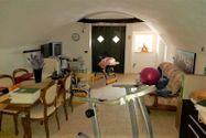 Immagine n7 - Casa su tre piani con giardino in bifamiliare - Asta 11960
