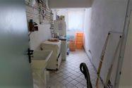 Immagine n8 - Casa su tre piani con giardino in bifamiliare - Asta 11960