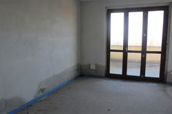 Three room apartment sub with cellar and terrace - Lot 11980 (Auction 11980)