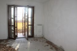Three room apartment sub with cellar and terrace - Lot 11993 (Auction 11993)