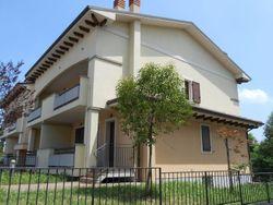 Appartamento con ingresso indipendente (civ.103) - Lotto 1202 (Asta 1202)