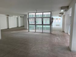 offices,   warehouse and   covered parking spaces - Lot 12030 (Auction 12030)