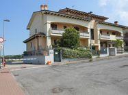 Immagine n0 - Appartamento con cantina e garage (int.4/1) - Asta 1204