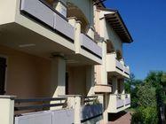 Immagine n0 - Appartamento con cantina e garage (int.1/2) - Asta 1208
