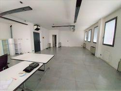 Ufficio in complesso condominiale con posto auto e deposito - Lotto 12102 (Asta 12102)