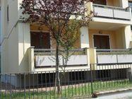 Immagine n0 - Appartamento con cantina e garage (int.1/3) - Asta 1215