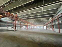 Capannone industriale con ampia area pertinenziale - Lotto 12163 (Asta 12163)
