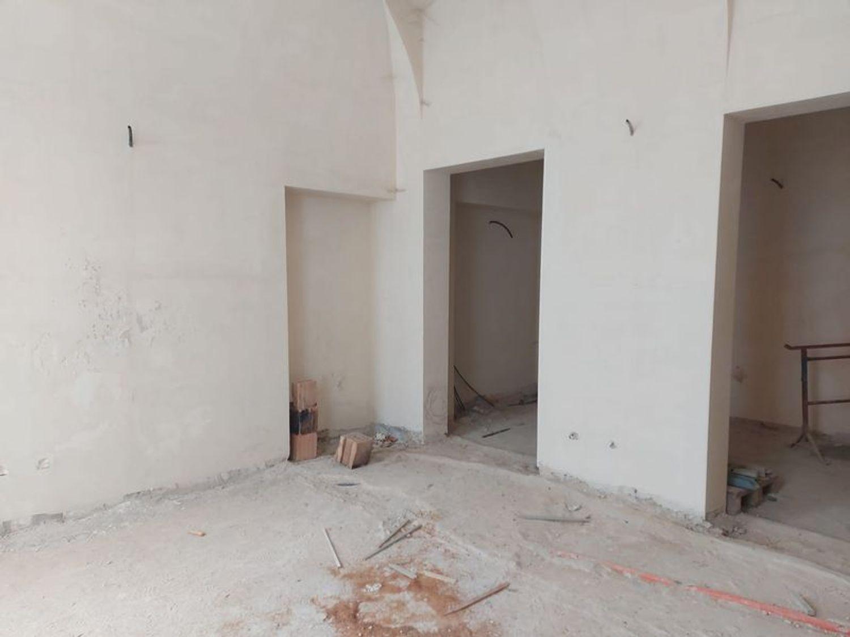 #12197 Locale grezzo al piano terra con garage (sub 122) in vendita - foto 6