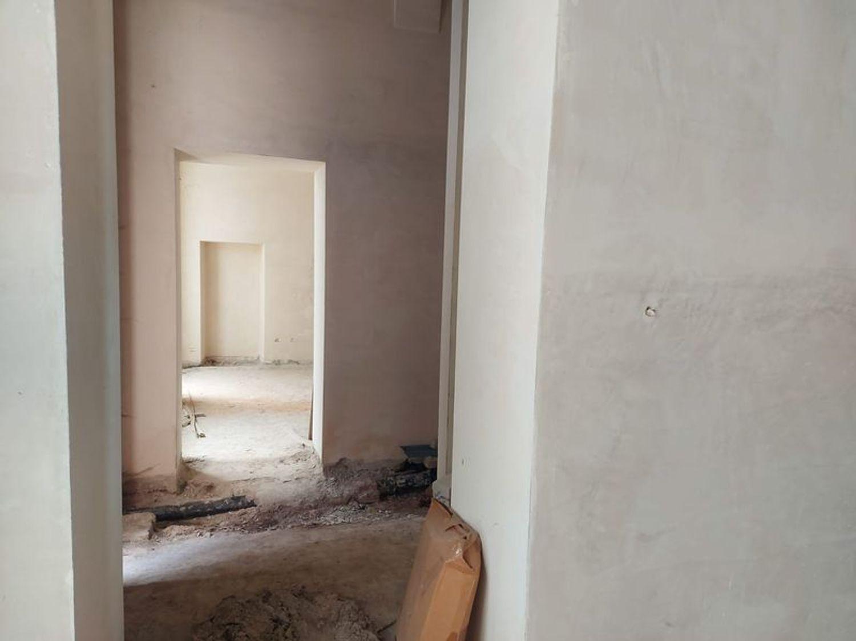 #12197 Locale grezzo al piano terra con garage (sub 122) in vendita - foto 7