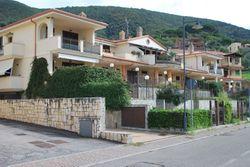 Ampia autorimessa in complesso residenziale - Lotto 12213 (Asta 12213)