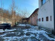 Immagine n1 - Capannone con palazzina uffici, corte e terreni di pertinenza - Asta 12224