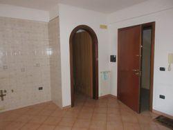 Bilocale al piano primo con garage e cantina - Lotto 12225 (Asta 12225)
