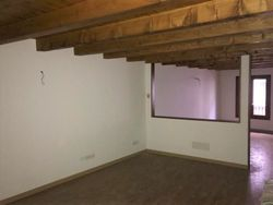 Office on the first floor with cellar - Lot 12255 (Auction 12255)