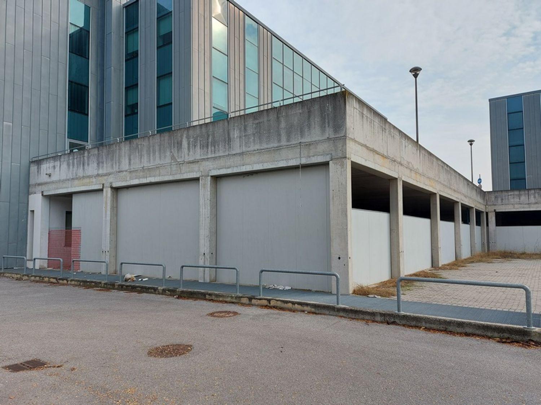#12258 Complesso commerciale in corso di costruzione in vendita - foto 2