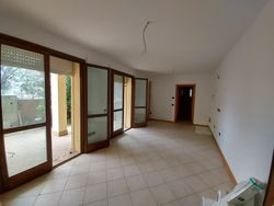 Bilocale al piano terra con garage - Lotto 12260 (Asta 12260)