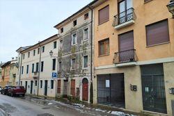Appartamento in edificio storico da ristrutturare