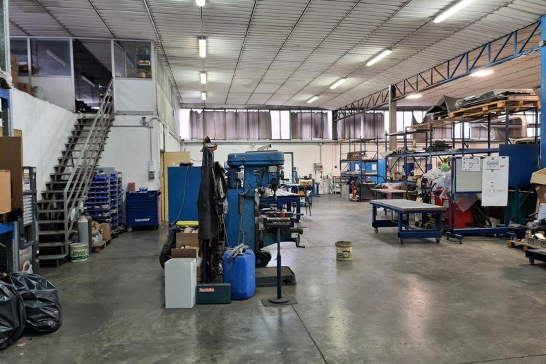 #12295 Capannone industriale con due laboratori in vendita - foto 4