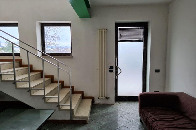 #12296 Edificio produttivo con deposito e alloggio in vendita - foto 5