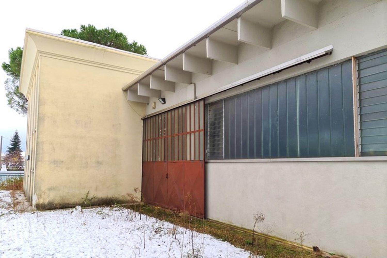 #12296 Edificio produttivo con deposito e alloggio in vendita - foto 12