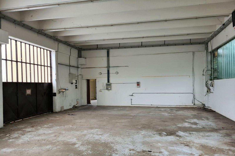 #12296 Edificio produttivo con deposito e alloggio in vendita - foto 13