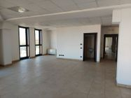 Immagine n2 - Office in a multifunctional complex sub 141 - Asta 12307