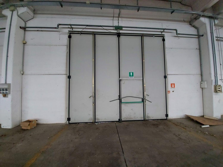 #12309 Capannone industriale con ampia area pertinenziale in vendita - foto 7
