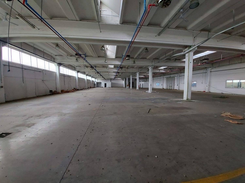 #12309 Capannone industriale con ampia area pertinenziale in vendita - foto 16