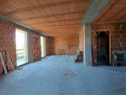 Appartamento grezzo al piano terra con pertinenze (sub 18) - Lotto 12354 (Asta 12354)