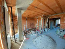 Appartamento grezzo al piano terra con pertinenze (sub 20) - Lotto 12356 (Asta 12356)