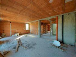 Appartamento grezzo al piano primo con garage (sub 25) - Lotto 12361 (Asta 12361)