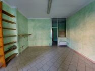 Immagine n1 - Due negozi con magazzino - Asta 12371