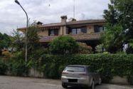 Immagine n1 - Quota 1/2 di due appartamenti con garage - Asta 12372