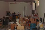 Immagine n2 - Negozio con magazzino e garage - Asta 12385