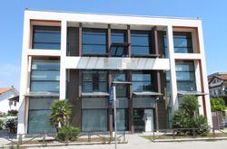 Ufficio duplex con posti auto e magazzino - Lotto 12389 (Asta 12389)