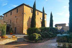 Casolare ristrutturato ad albergo - Lotto 12391 (Asta 12391)