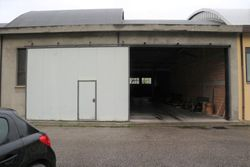 Porzione di capannone in complesso artigianale - Lotto 12413 (Asta 12413)