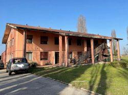 Uffici con abitazione e ampio giardino - Lotto 12418 (Asta 12418)