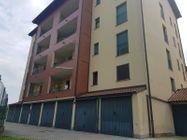 Immagine n1 - Sei appartamenti con quattro box e sette sottotetti - Asta 12424